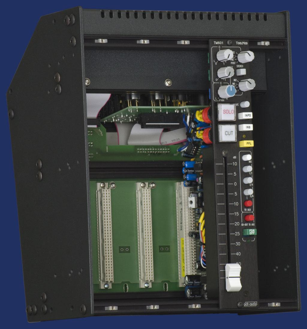 Motherboard im Rahmen der ToolMod Faderbox